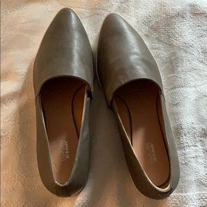 Dr Scholls 9.5 slip on shoe.